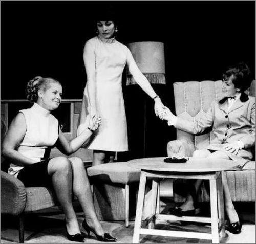 Варненският театър на 99